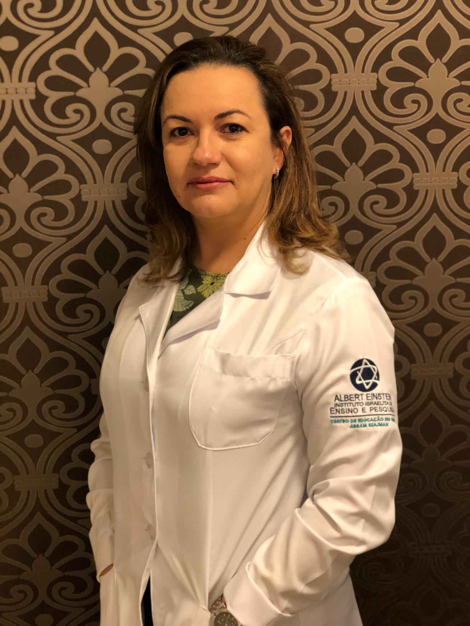 Dra. Gianne Lima Brito